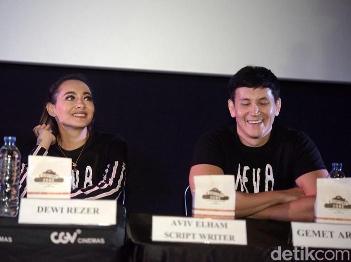 Dewi Rezer dan marcelino Lefrandt saat ditemui di Grand Indonesia.