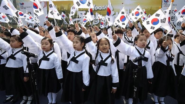 Anak-anak kecil di Korea Selatan (Getty Images)