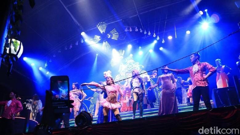 Foto: Raminten Cabaret Show (Randy/detikTravel)