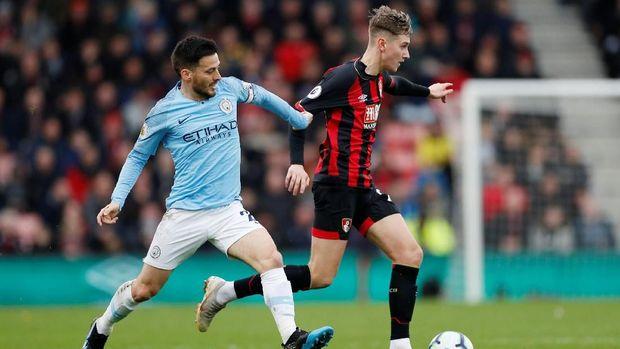 Manchester United dan Manchester City Kompak Menang Tipis