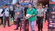 Menpora Imam Nahrawi Buka Piala Presiden