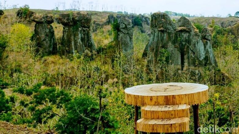 Betoh Soon, Stonehenge van Java dari Bondowoso. (Foto: Chuk Shatu W/detikcom)