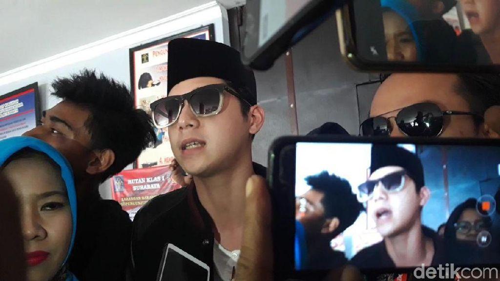 Jenguk Ayah, Al dan Dul Bahas Konser Solidaritas untuk Dhani