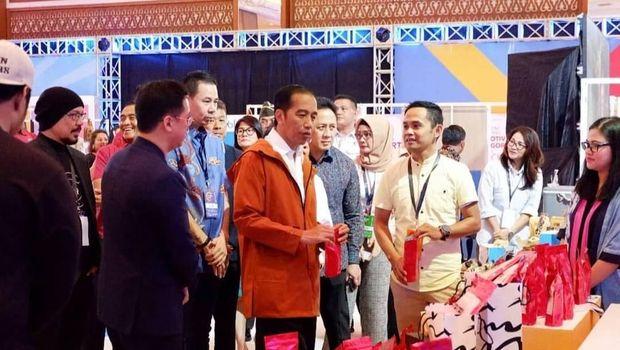 Jokowi mencoba Gandoel Mercon