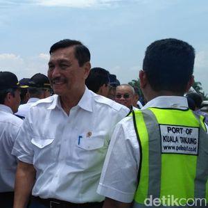 Luhut Minta Masa Transisi Pelabuhan Kuala Tanjung Dipercepat