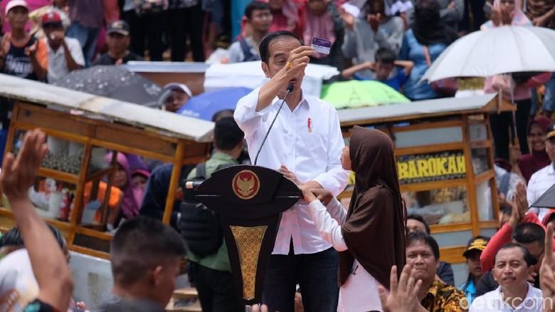 Lewat PP Produk Halal, Jokowi Harap Pelaku UMKM Urus Sertifikat Gratis