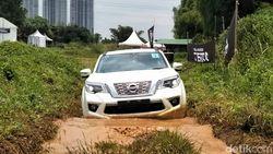 Membuktikan Keperkasaan Nissan Terra