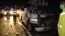 Mobil Tabrak Truk di Tol Cipali, Lima Orang Tewas