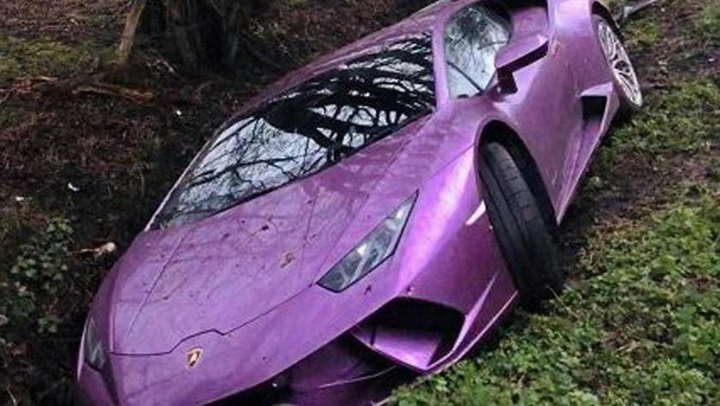 Miliuner Bitcoin Bikin Lamborghini Miliknya Rusak