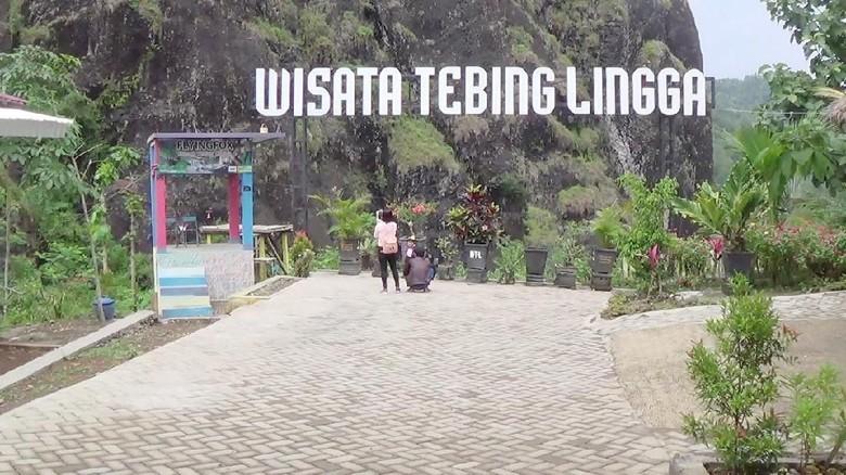 Foto: Wisata Tebing Lingga di Trenggalek (Adhar Muttaqin/detikTravel)
