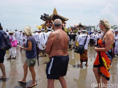 Soal Turis Nakal di Kuta, Pemkab Badung: Itu Tugas Imigrasi