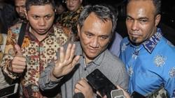 PD Yakin Tak Diajak Gabung ke Kabinet, Tuduh Jokowi Pernah Khianat