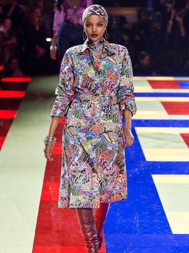 5 Hijabers Eksis Jadi Model di Panggung Paris Fashion Week 2019