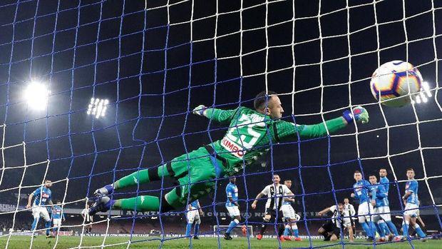 Dua Kartu Merah, Juventus Kalahkan Napoli 2-1