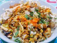 5 Bubur Ayam Kaki Lima Enak dan Legendaris di Jakarta