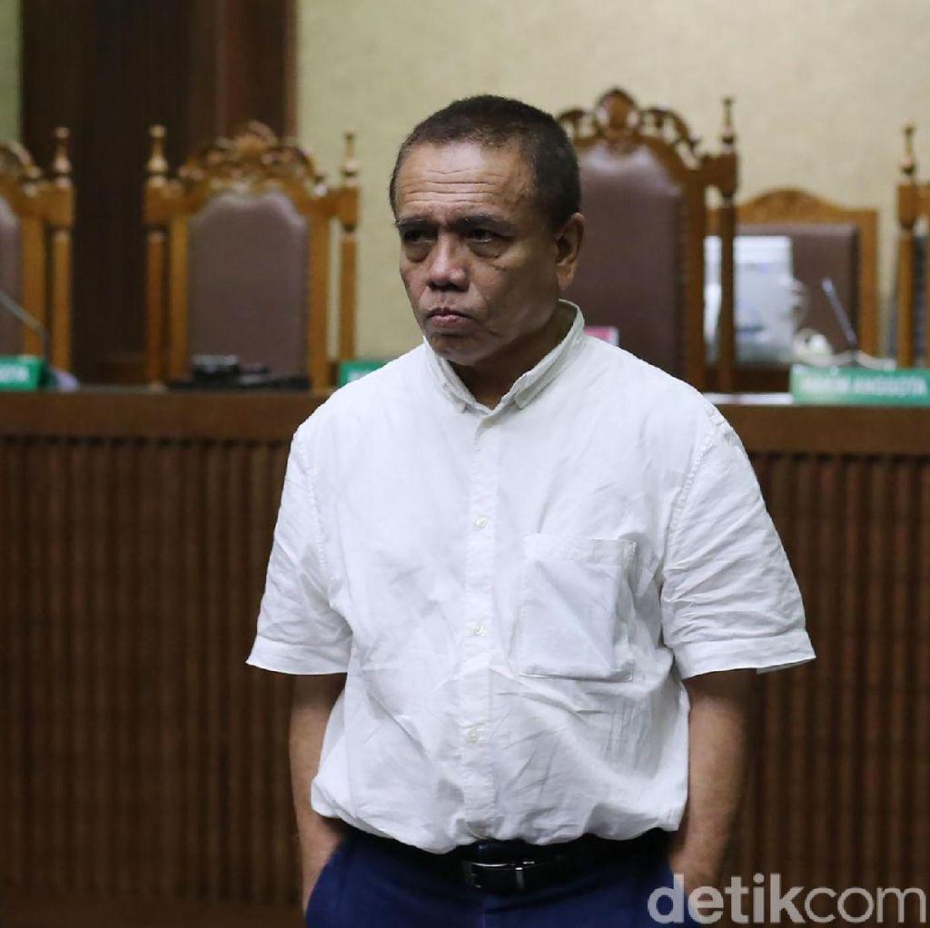 Irwandi Yusuf Jalani Sidang Tuntutan Hari Ini