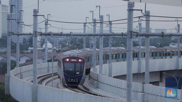 Bingung Mau Coba Naik MRT Gimana? Ini Caranya