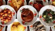 Ojol Antar Makanan Jarak 5 Meter dan Kebiasaan Makan Orang Sumatera