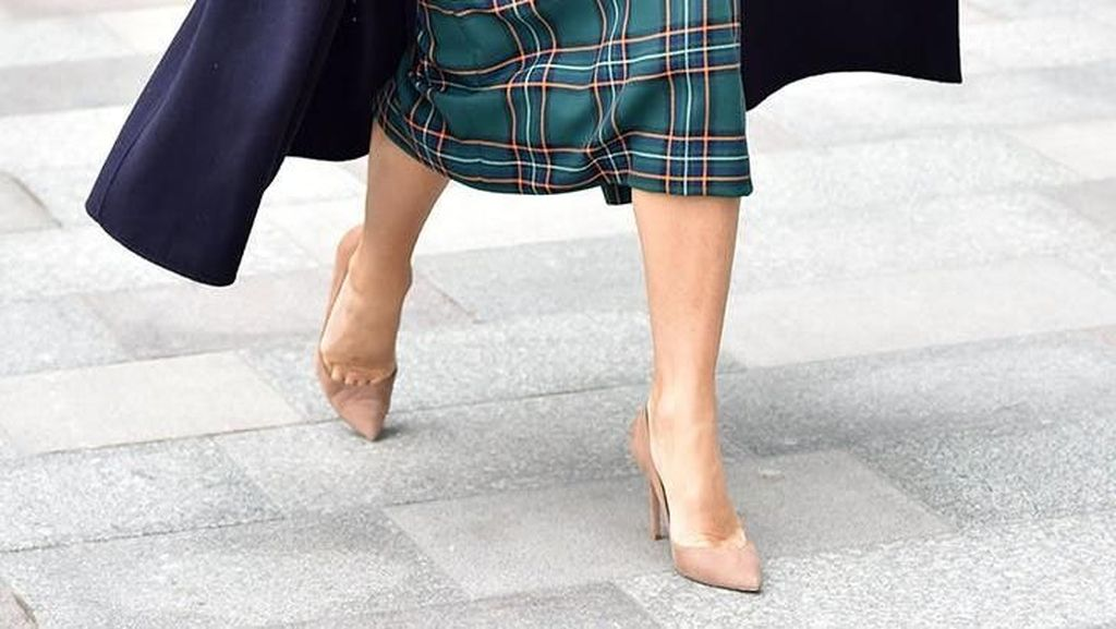 Ini Warna Sepatu yang Cocok Dipakai Kamu Pemilik Tubuh Pendek