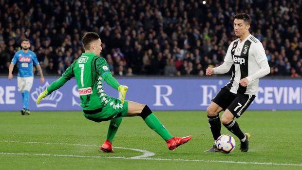 Ronaldo berkontribusi untuk gol pertama Juventus melawan Napoli.