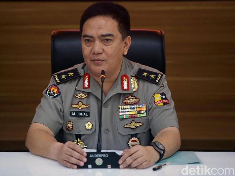 Propam Usut Pria Berseragam Cokelat di Video Yel-yel Jokowi Yes