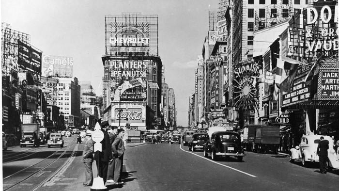 Tak ada yang menyangkal kota New York hingga Singapura masuk dalam kota paling sukses di dunia kini. Namun, seperti apa potret ke tujuh kota itu di masa lalu?