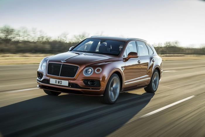 Bentley merayakan ulang tahunnya yang ke-100 dengan menghadirkan mobil baru di ajang Geneva Motor Show 2019. Penasaran seperti apa penampakannya?