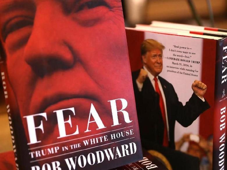 Buku-buku Politik Alami Lonjakan Penjualan 2 Kali Lipat