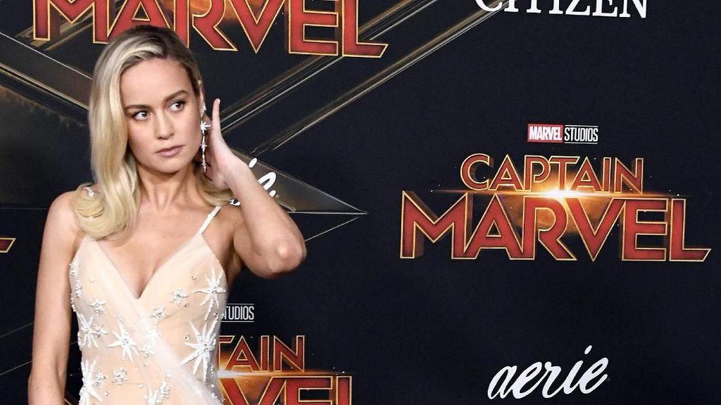Brie Larson Dorong Mobil Bobot 2300 Kg Demi Tampil Total di Captain Marvel