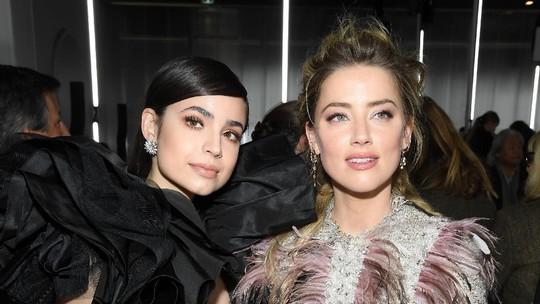 Dituntut Johnny Depp, Amber Heard Asyik-asyik di PFW 2019