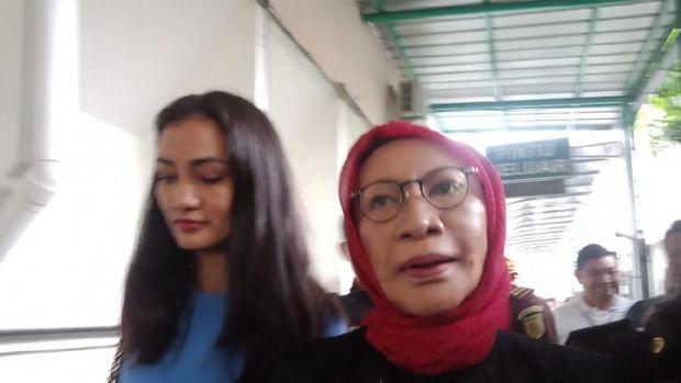 Pengajuan Tahanan Kota Ratna Sarumpaet Ditolak, Atiqah Hasiholan Tak Mundur