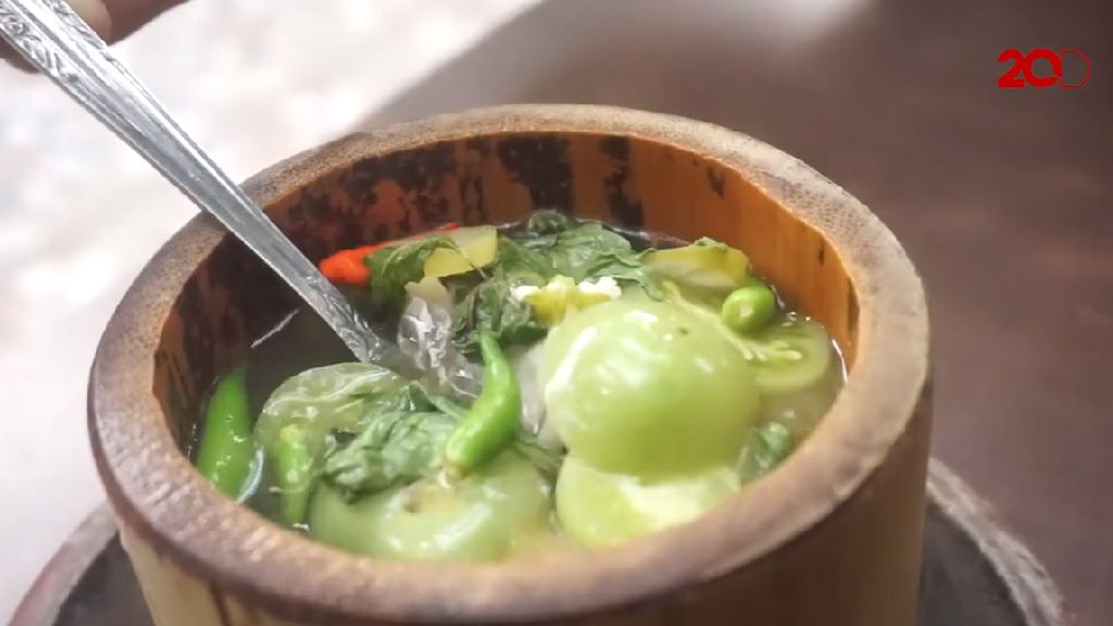 Sedap Nikmat Sego Bakar dan Sup Ikan Bambu Kakap
