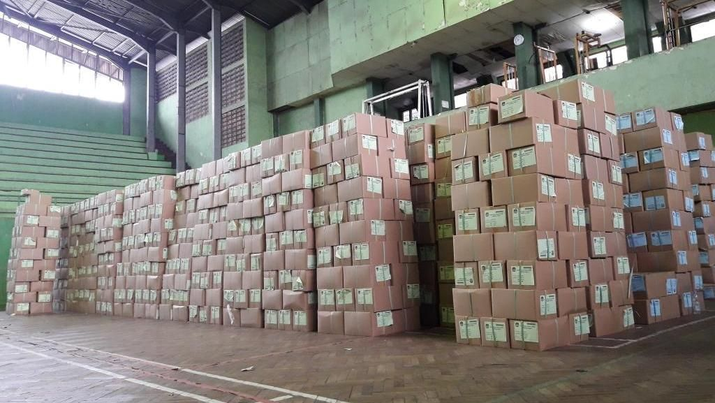 Damkar Disiagakan di Gudang Logistik KPU Bekasi Antisipasi Kebakaran