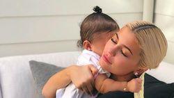 Mama Muda Kylie Jenner, Usia 21 Tahun Sudah Jadi Miliuner