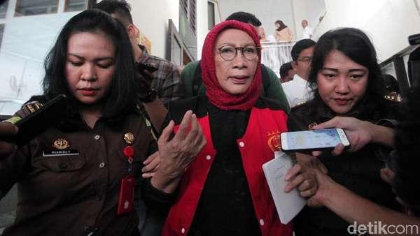 Jaksa ke Kubu Ratna Sarumpaet: Apa Kuasa Hukum Tidak Paham Dakwaan?