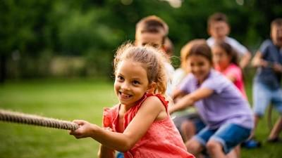 Manfaat Gunakan Imajinasi Saat Bermain bagi Perkembangan Anak