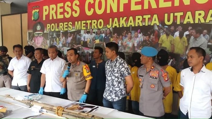Polisi menangkap sembilan orang pelaku pengeroyokan pria di Cilincing, Jakut. (Foto: dok. Polres Jakut)