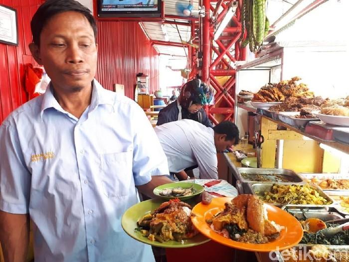 Suka Nasi Padang Ini 5 Fakta Tentang Rumah Makan Padang Yang Perlu Anda Ketahui