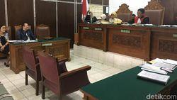 Lagi dan Lagi, PN Jaksel Tunda Sidang Gugatan Pada Facebook