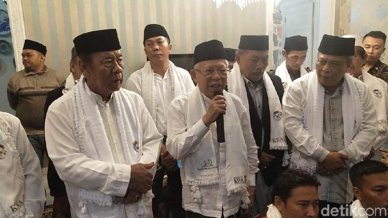 Forum Ulama dan Jawara Betawi Deklarasi Dukungan ke Jokowi-Ma ruf Amin 7374127a90