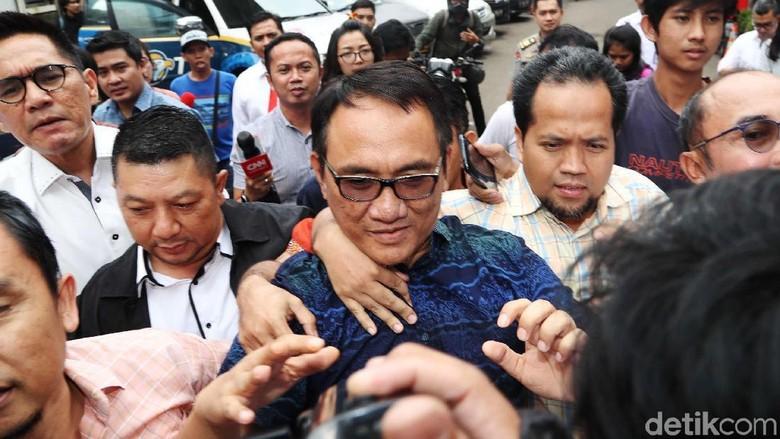 Andi Arief Diam Seribu Bahasa Jelang Direhabilitasi BNN