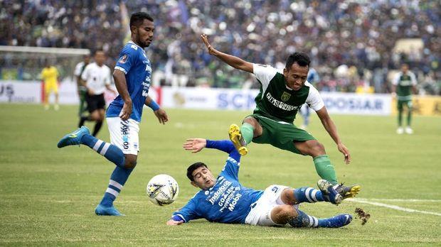 Persib Bandung kalah 2-3 dari Persebaya Surabaya di Piala Presiden 2019. (