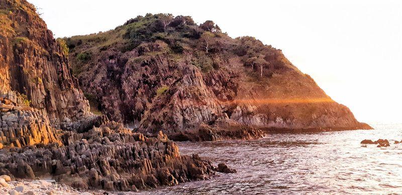Pantai Semeti adalah salah satu tempat wisata di Lombok yang indah. Sunsetnya begitu menawan (My Trip My Adventure)