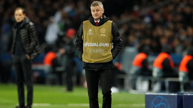 Ole Gunnar Solskjaer dinilai Paul Pogba mampu mengangkat kepercayaan diri para pemain Manchester United. (