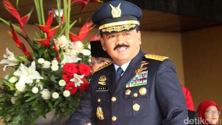 Menjabat sebagai Panglima TNI sejak tanggal 8 Desember 2017, Hadi Tjahjanto punya kepribadian yang tegas namun tetap ramah. Foto: Istimewa