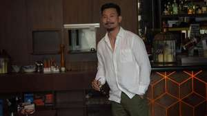 Bantah Hamili DJ Verny, Denny Sumargo Menangis