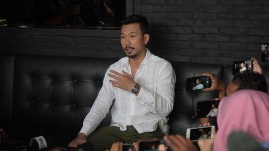 Denny Sumargo Anggap Tuduhan Punya Anak dari DJ Verny Hanya Gimmick