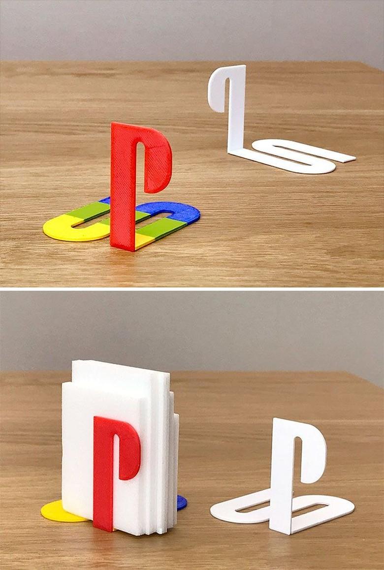 Logo PlayStation jadi tempat tissue. Foto: Taku Omura via Brainberries