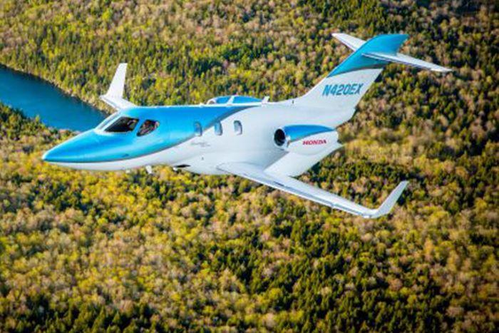 Pesawat ini diberi nama HondaJet Elite yang berisi enam kursi penumpang. Pesawat ini diibanderol US$ 5,25 juta atau setara Rp 73,5 miliar (kurs Rp 14.000). Istimewa.