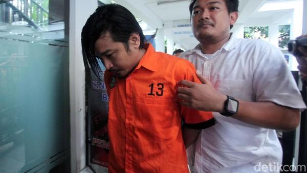 Suaminya Ditangkap karena Narkoba, Istri Zul Zivilia Syok